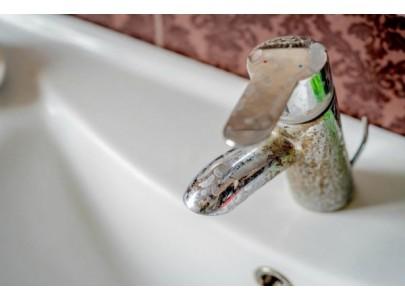 Calcarul și apa dură - cum să scapi de ele rapid? Citește ACUM cele mai eficiente METODE!